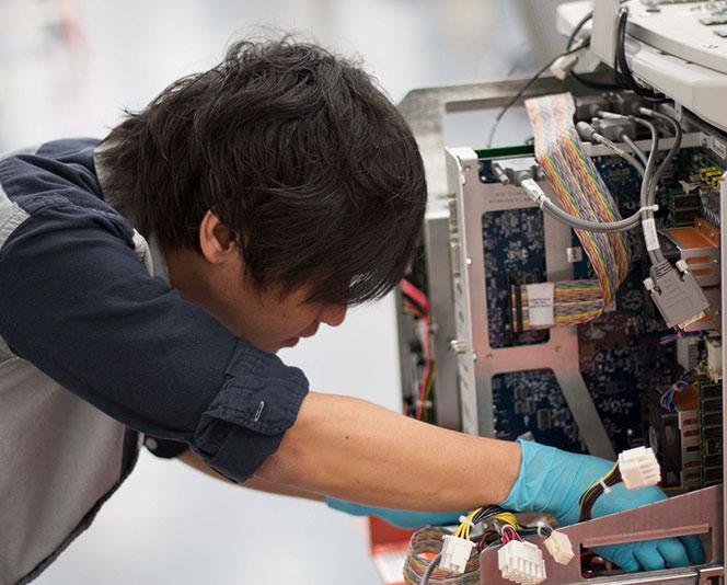 AUS Engineer inspective equipment